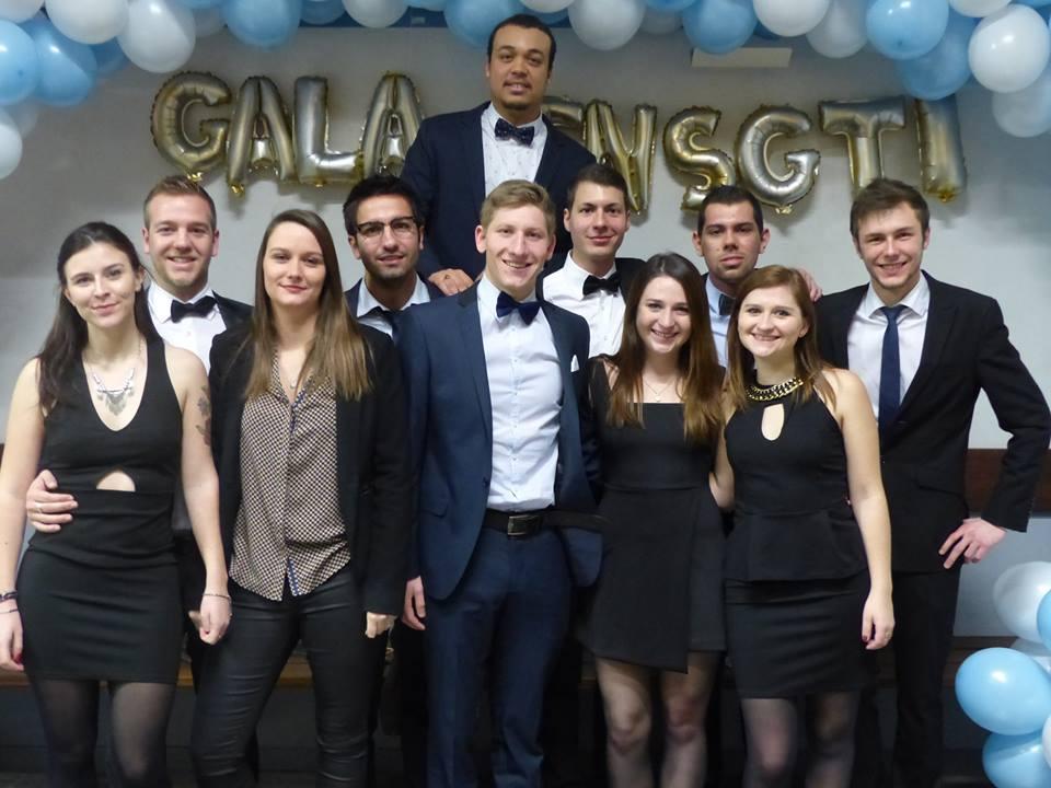 Décembre : le Gala